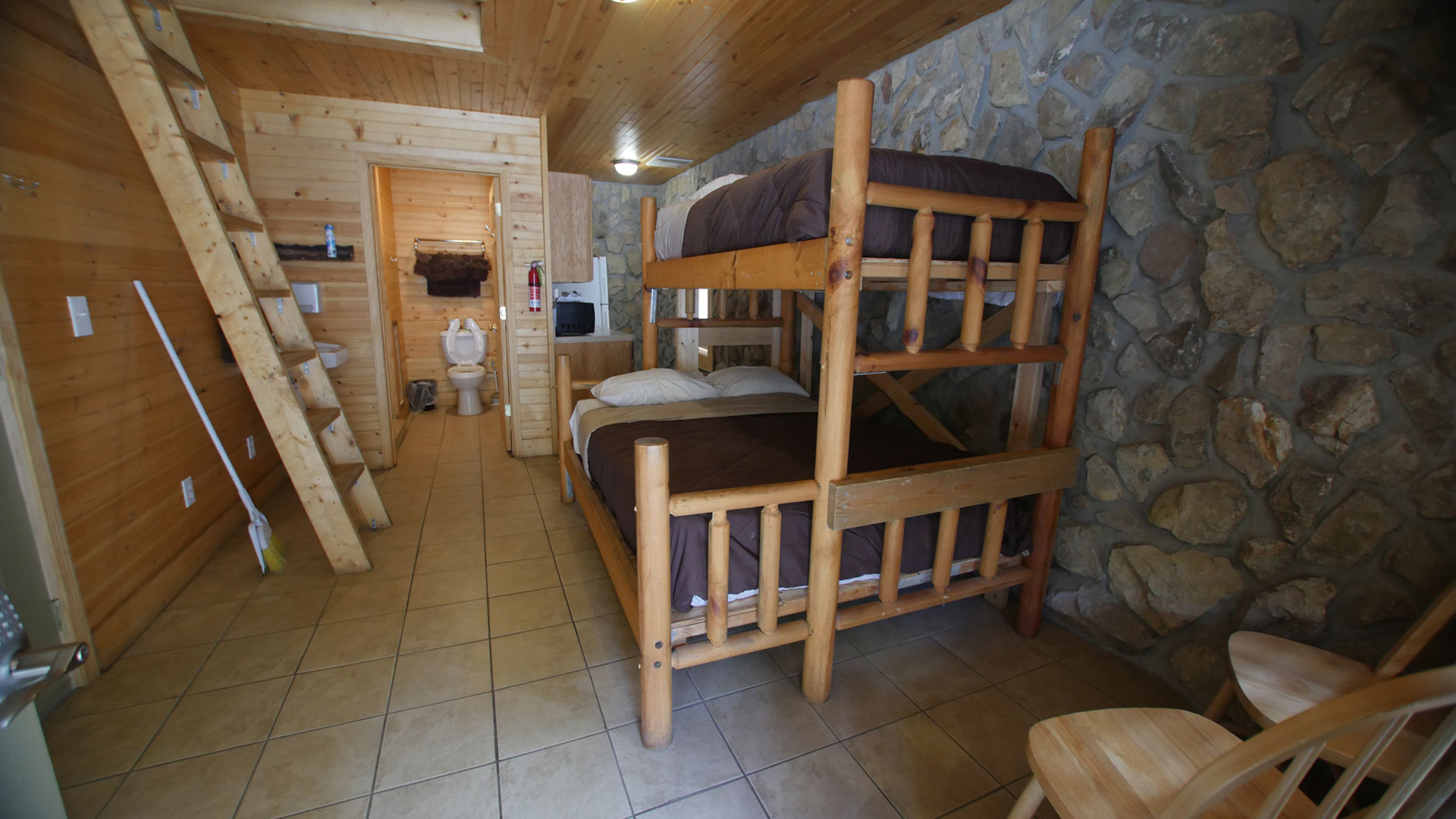 Unit B White Lightning Cottage Buffalo Trail Cabins